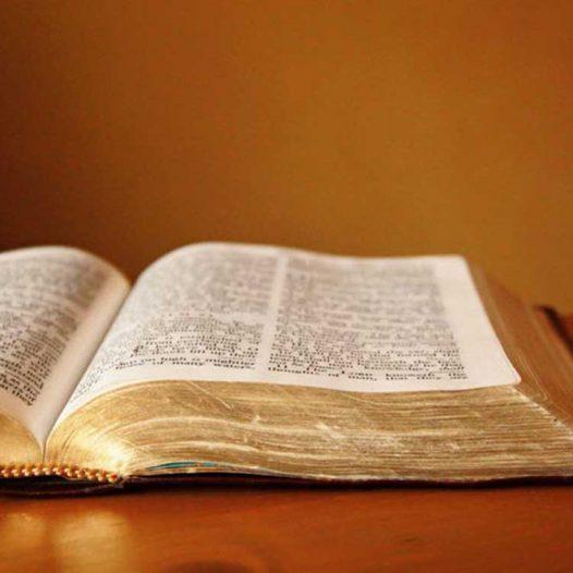 Médio em Teologia